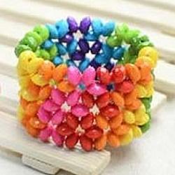 彩虹般美丽的宽版串珠手镯编织DIY图解教