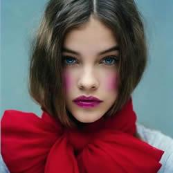 4种时尚围巾打法 个性特色围巾造型围法