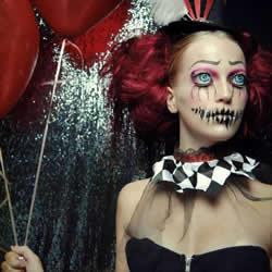 暗黑世界化妆术:23岁女生Joyce的彩妆艺术