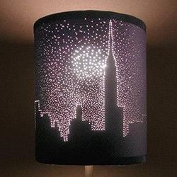 硬纸板DIY手工制作精美透光灯罩的方法教