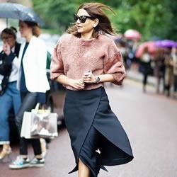 春季将临 15件令人着迷的中长款信封裙穿搭