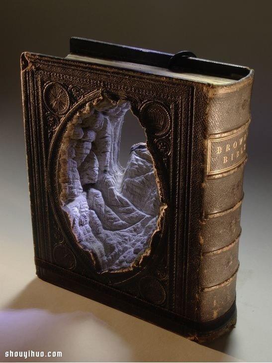 纸雕:旧书废物利用雕刻精美龙都娱乐术品 -  www.shouyihuo.com