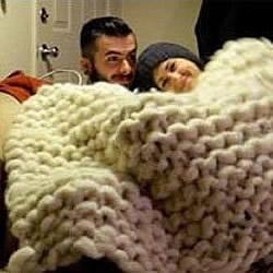 羊毛毡编织超大毯子 男朋友赤果果震惊了!
