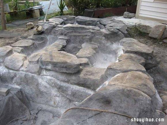 国外网友自家后院挖坑 DIY私人游泳池! -  www.shouyihuo.com