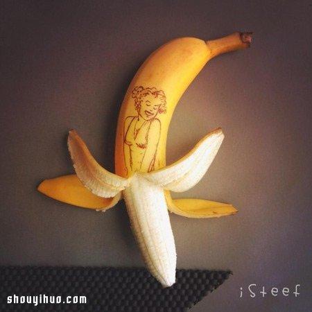用香蕉來手工DIY 雕刻出不平凡的藝術作品