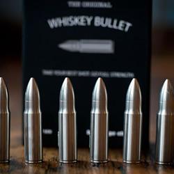 Whiskey Bullet 子弹造型保冷器具设计