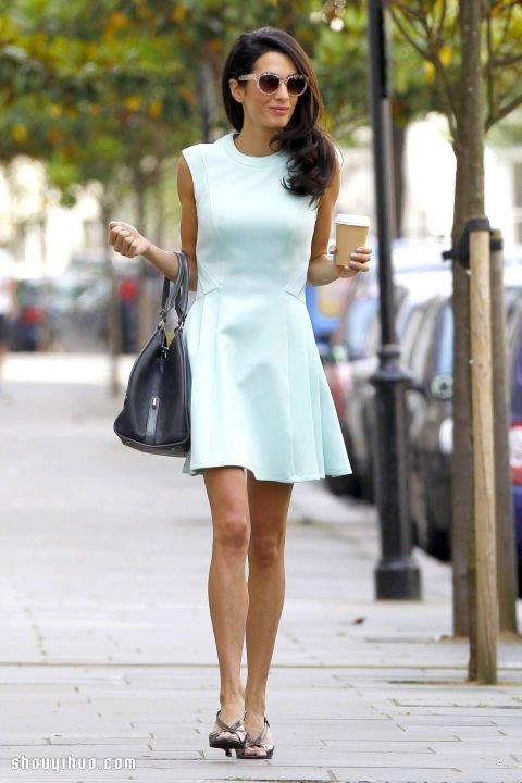 Amal Ramzi 的輕熟女服裝穿搭術