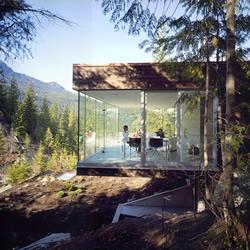 Khyber Ridge 悬崖上的完美别墅设计