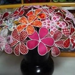 铁丝和废弃布头手工制作假花装饰品
