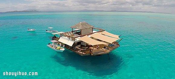 Cloud 9 被无敌海景包围的斐济移动酒吧!