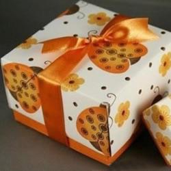 礼物包装盒折法图解 手工折纸包装纸盒方