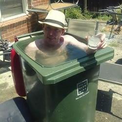 炎热酷夏 一起来看看那些超享受的泡澡方式
