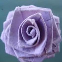 手工折纸玫瑰花的折法图解教程