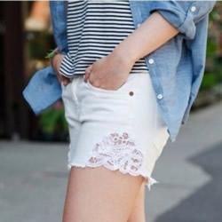 旧牛仔裤改造利用 DIY清凉性感蕾丝短裤