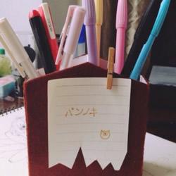 牙膏盒废物利用 DIY制作笔筒的方法教程