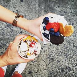 纽约唐人街的卷卷冰淇淋,排长龙才吃得
