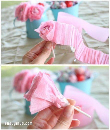 皱纹纸花的折法图解 皱纹纸花的制作教程 -  www.shouyihuo.com