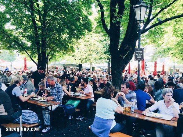 秋天到慕尼黑:德国人或许没有你想像中的严肃
