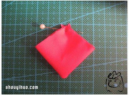 手工布藝櫻花胸針的DIY製作方法圖解教程