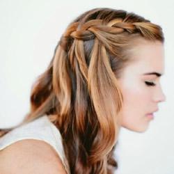 九款可以快速DIY打造完成的美腻编发发型