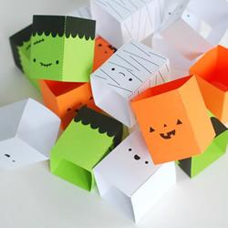万圣节亲子手工:简单好玩的卡纸叠叠乐