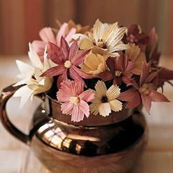 玉米叶制作花朵的方法 玉米叶DIY仿真花教