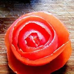 番茄制作玫瑰花的方法 自制番茄玫瑰花的