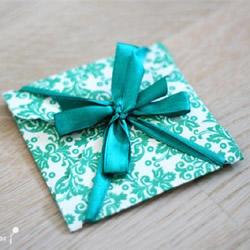 漂亮贺卡的制作方法 带丝带节日卡片手工