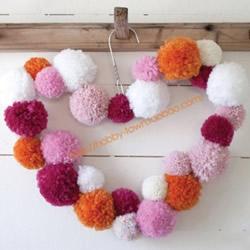 爱心挂饰的制作方法 毛线球DIY心形装饰挂