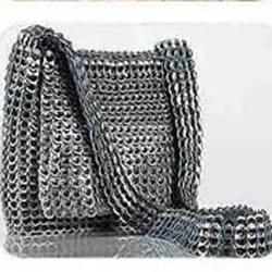 易拉罐拉环包包手工制作 拉环DIY包包的教程