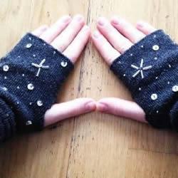 长款棉袜简单手工改造DIY手套的方法图解