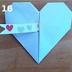 正方形纸折纸爱心的方法 纸心的折法步骤图