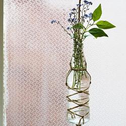 利用麻绳和玻璃瓶手工DIY制作垂吊花瓶的