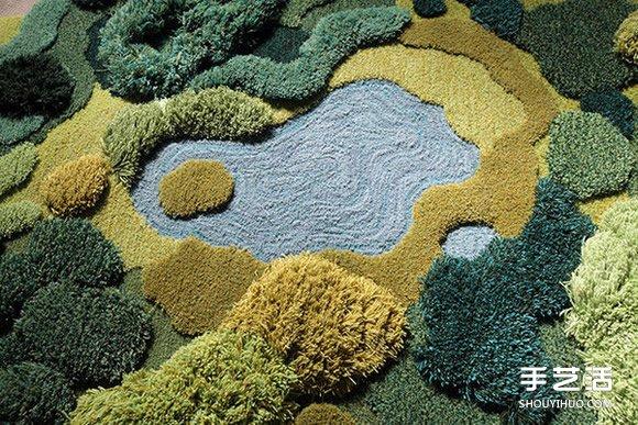 利用綠色毛線織成的自然系地毯 看起來超舒服