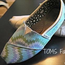 旧鞋子装饰改造方法 DIY旧鞋子的步骤教程