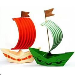 简单幼儿折纸船的方法 还能变成帆船或挂饰!