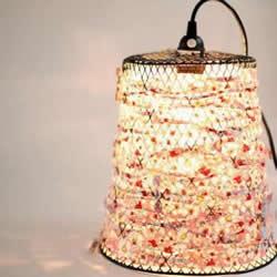 铁丝网垃圾桶废物利用DIY制作漂亮的灯罩