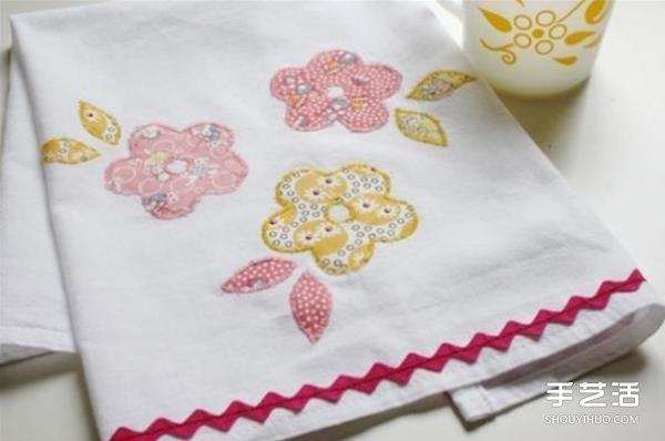如何製作布藝貼花餐巾 花朵圖案餐巾的做法教程
