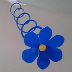 幼儿手工教程:简单又好玩的剪纸弹簧花