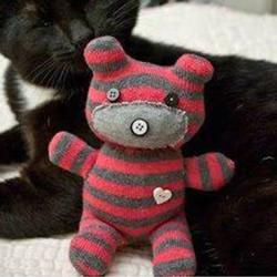 袜子小熊手工制作教程 毛绒小熊用袜子做图解