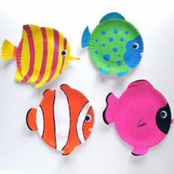 一次性餐盘手工制作小鱼 餐盘小鱼的简单做法