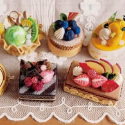 逼真的不织布蛋糕图片 手工布艺蛋糕作品欣赏