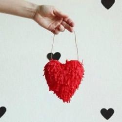 儿童爱心挂件制作方法 立体红心爱心怎么