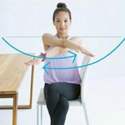 简单好学的办公室瑜伽操 办公室瑜伽动作图解