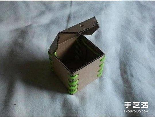 硬纸板手工制作儿童存钱罐的方法步骤图解 -  www.shouyihuo.com