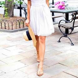 平底鞋搭配:个子娇小女生穿好平底鞋小