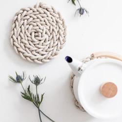 自制手工编织棉绳杯垫 让你爱上简约自然风~