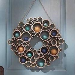 漂亮房门装饰用PVC管做 PVC管制作挂饰的方法