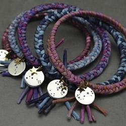 手工改造金手镯 民族风手镯的编织方法图