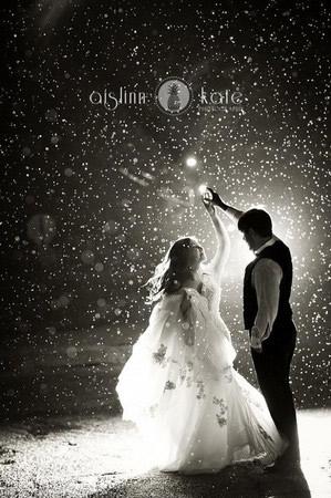 透過水滴看見幸福 雨中婚紗照拍出熾熱愛情